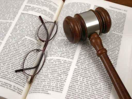 Differenza tra perizia asseverata e perizia giurata